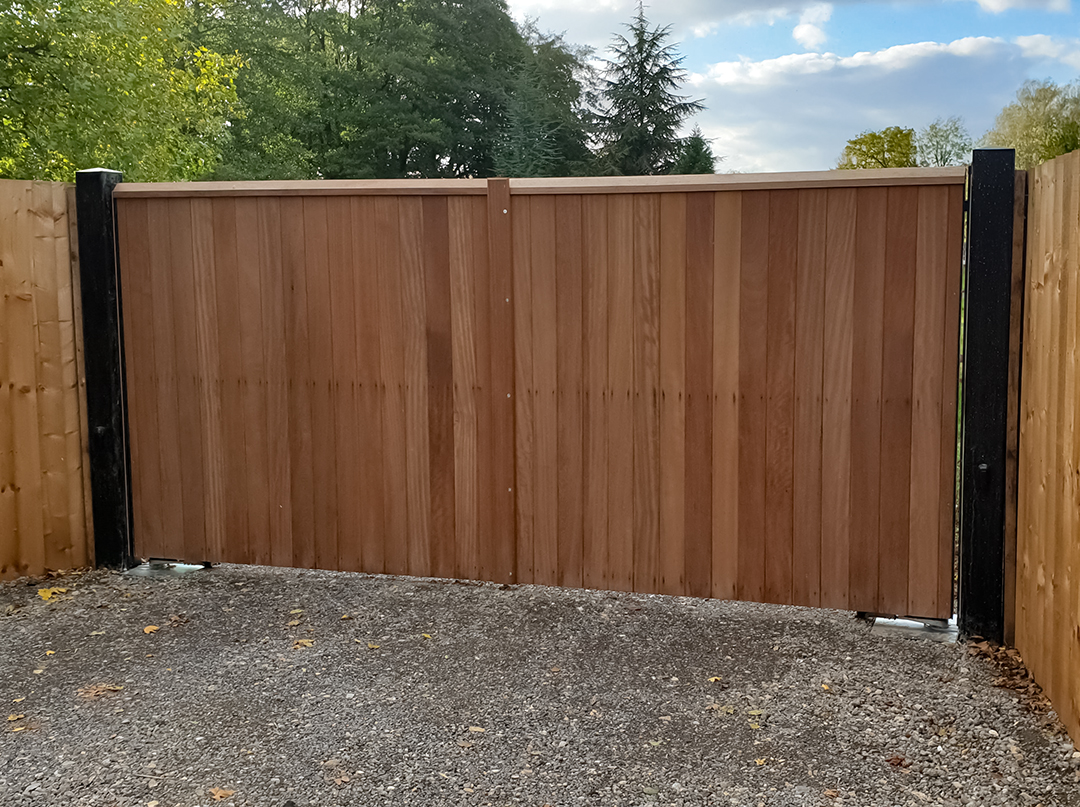 Littlebury Design Automatic Gate Whittlesford