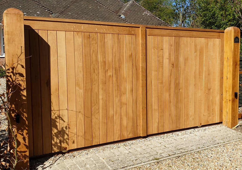 Oak Sliding Electric Gate